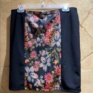 Mink Pink Leather Skirt Floral Print Large Size